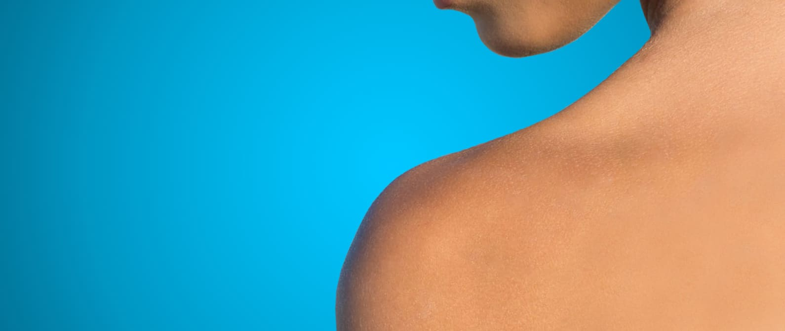 Shoulder in the sun with skin treatment